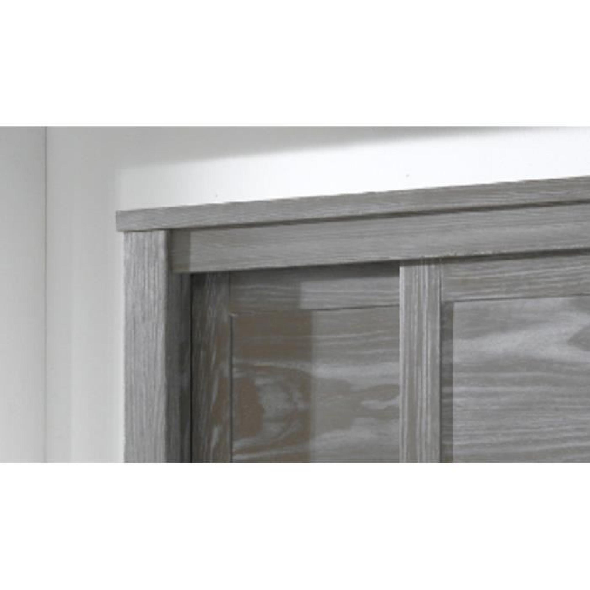 armoire 2 portes wilda en pin massif verni incolore. Black Bedroom Furniture Sets. Home Design Ideas