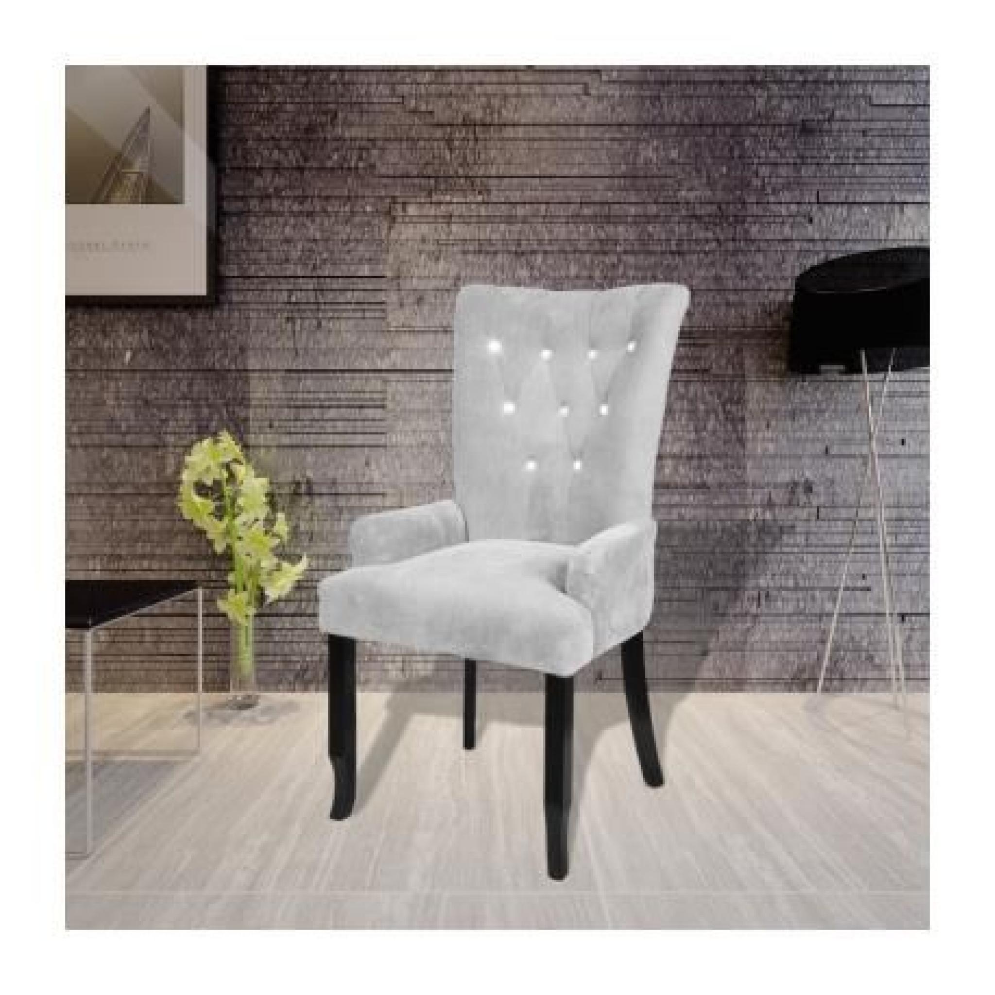chaise capitonn e argent 54 x 56 x 106 cm achat vente chaise salle a manger pas cher couleur. Black Bedroom Furniture Sets. Home Design Ideas