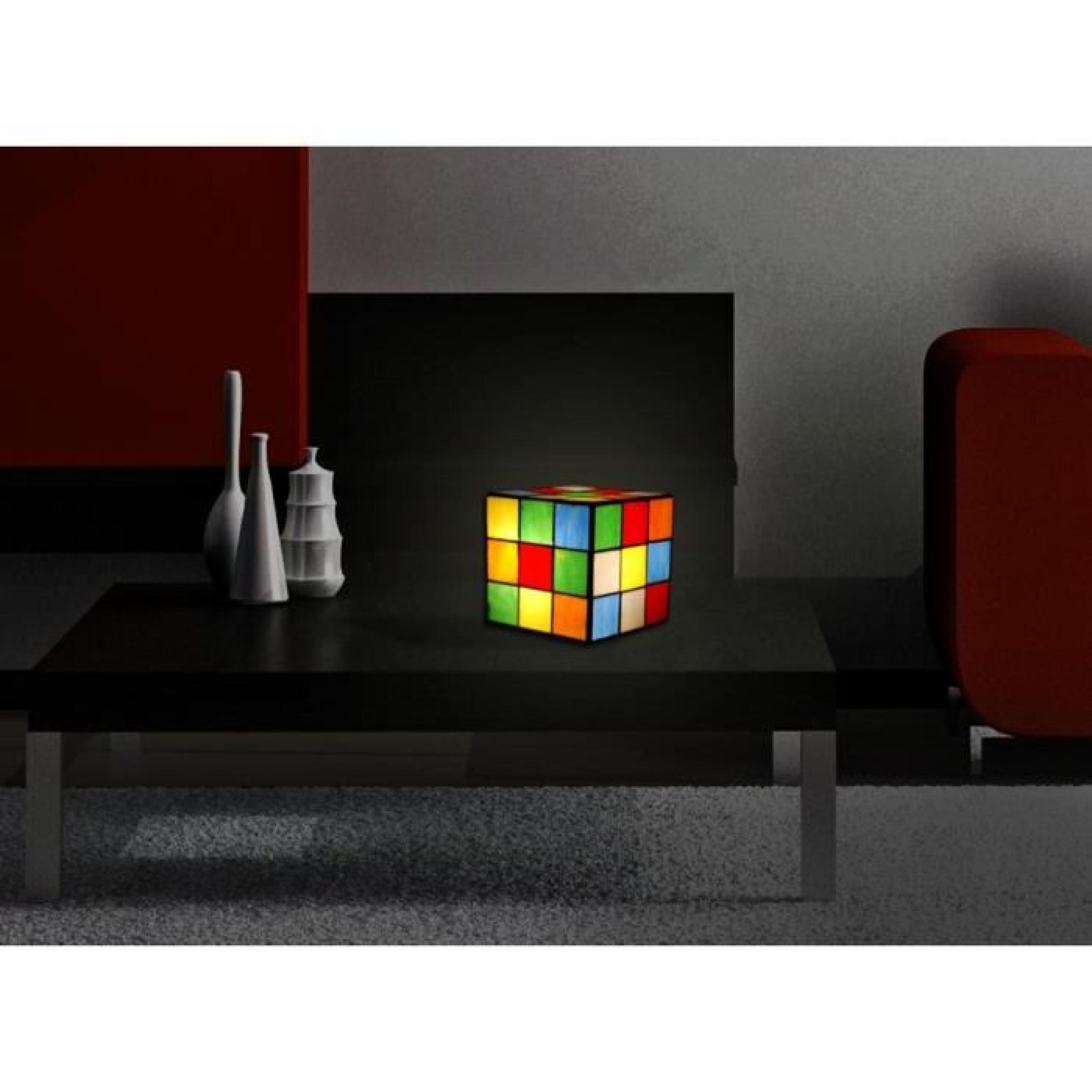 Chevet cube rubik lampe de chevet avec abat jour de verre for Lampe chevet pas cher