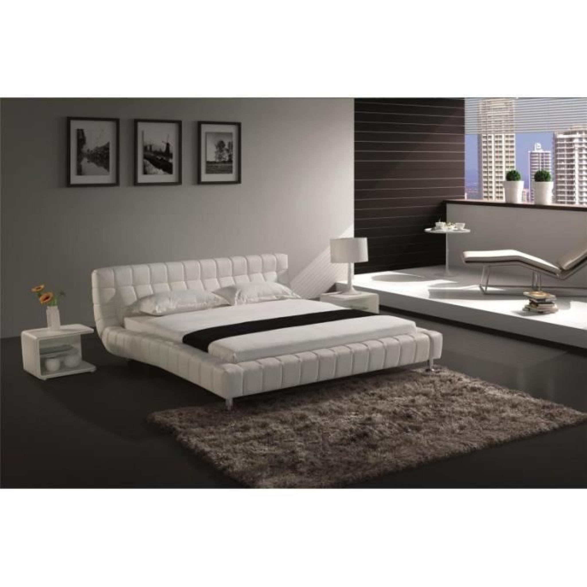 justhome brooklyn blanc lit rembourr en cuir cologique taille 200 x 200 cm achat vente lit. Black Bedroom Furniture Sets. Home Design Ideas