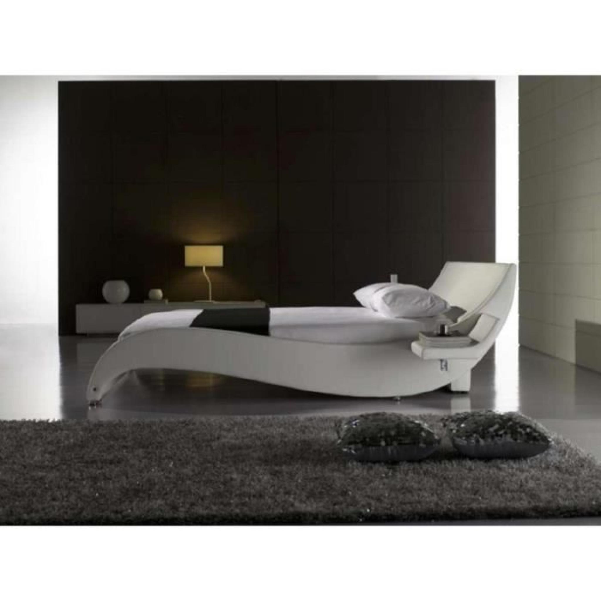 justhome macao blanc lit rembourr en cuir cologique taille 140 x 200 cm achat vente lit. Black Bedroom Furniture Sets. Home Design Ideas