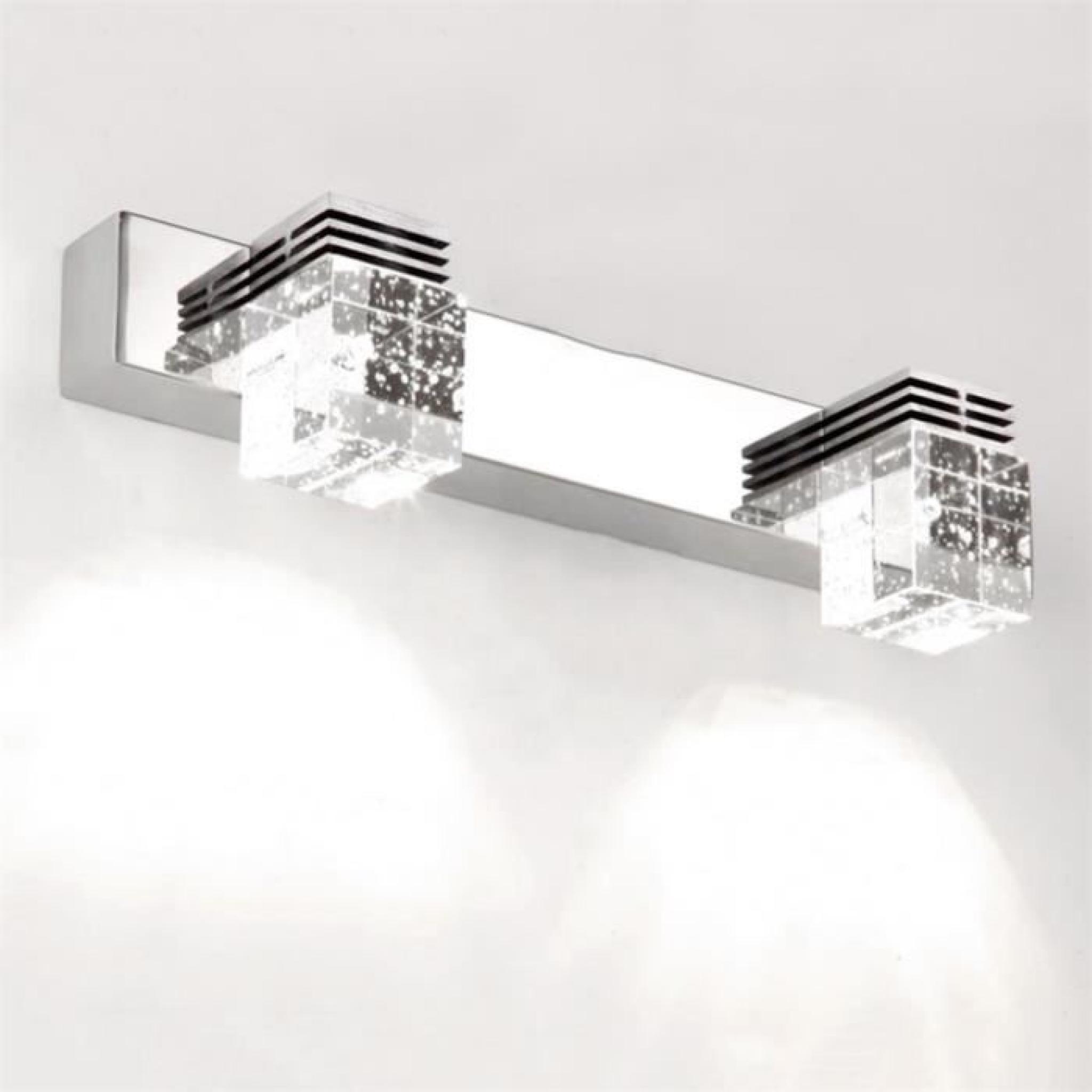 Applique salle de bain pas cher elegant applique applique for Applique led salle de bain 80 cm