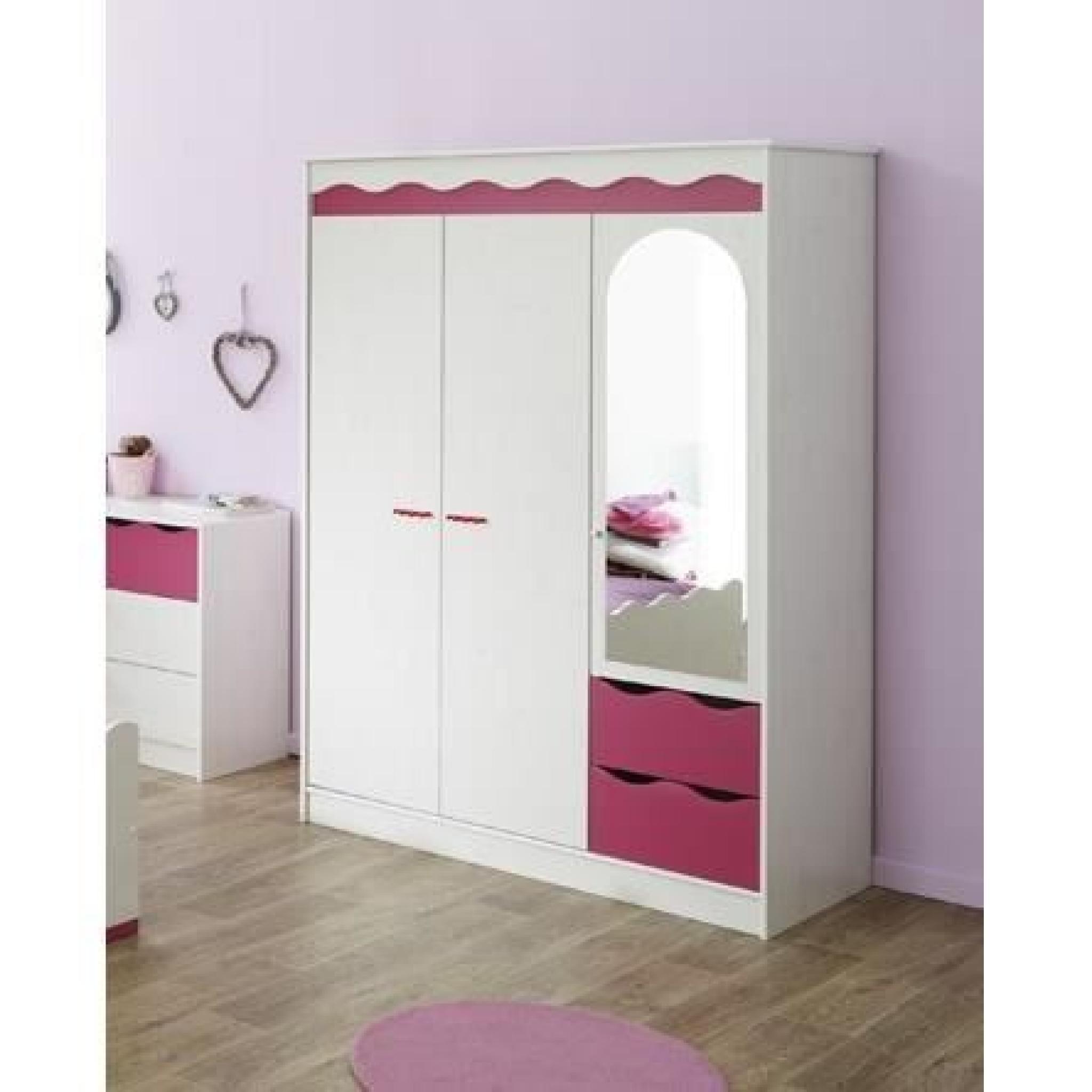 LILOU Chambre enfant décor pin et rose