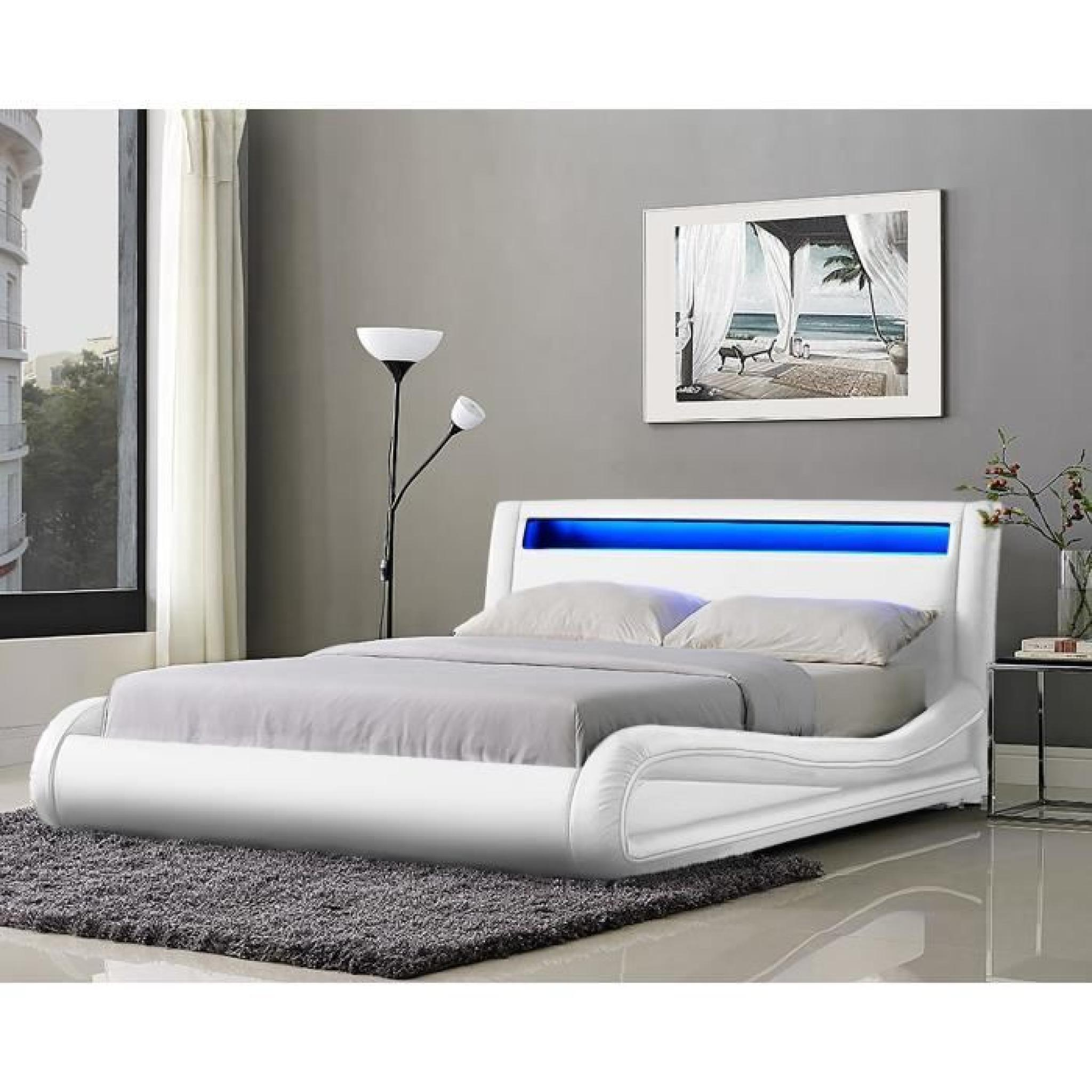Neptune lit adulte avec led 140x190cm blanc sommier for Lit adulte avec commode