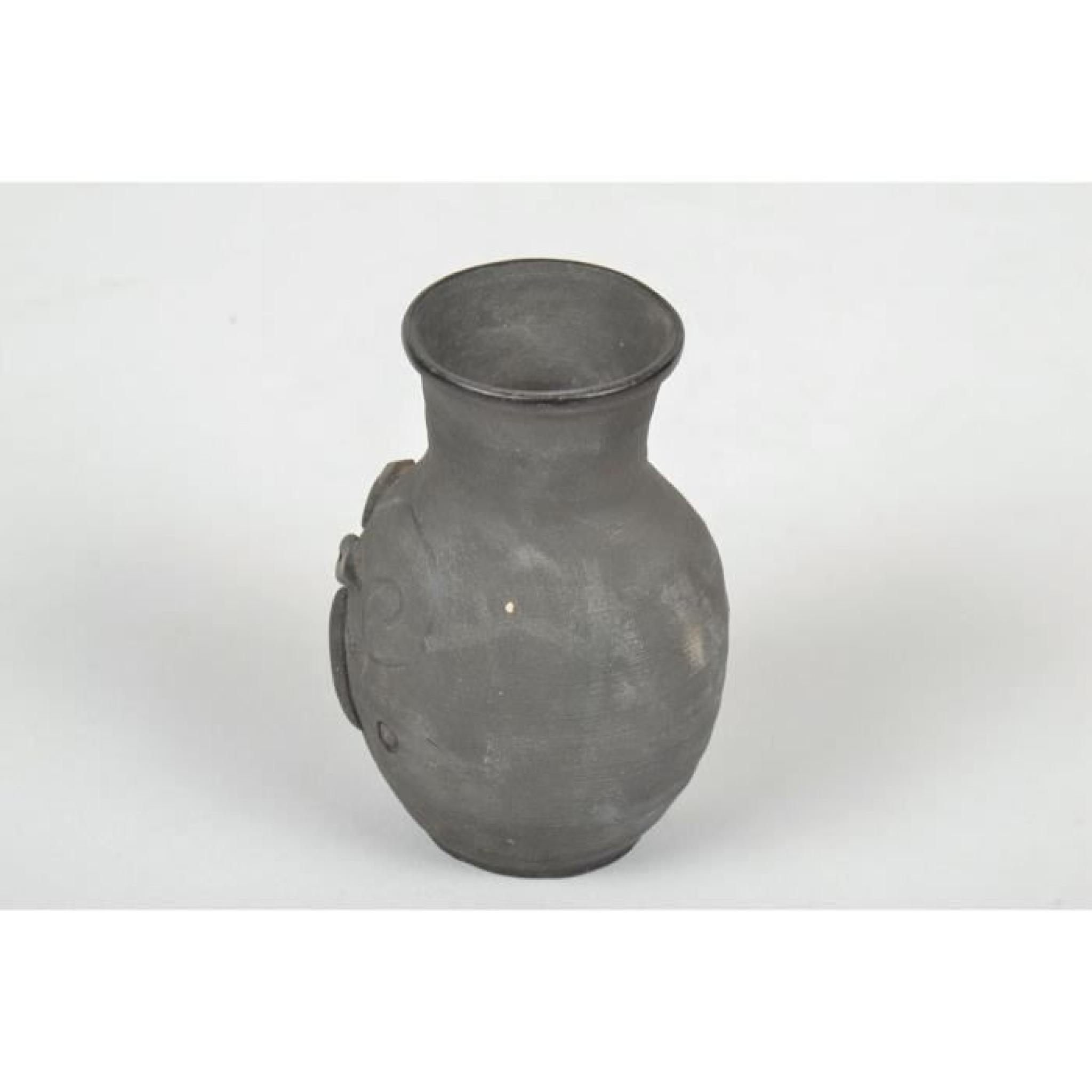 petit vase en terre cuite fait main achat vente meuble. Black Bedroom Furniture Sets. Home Design Ideas