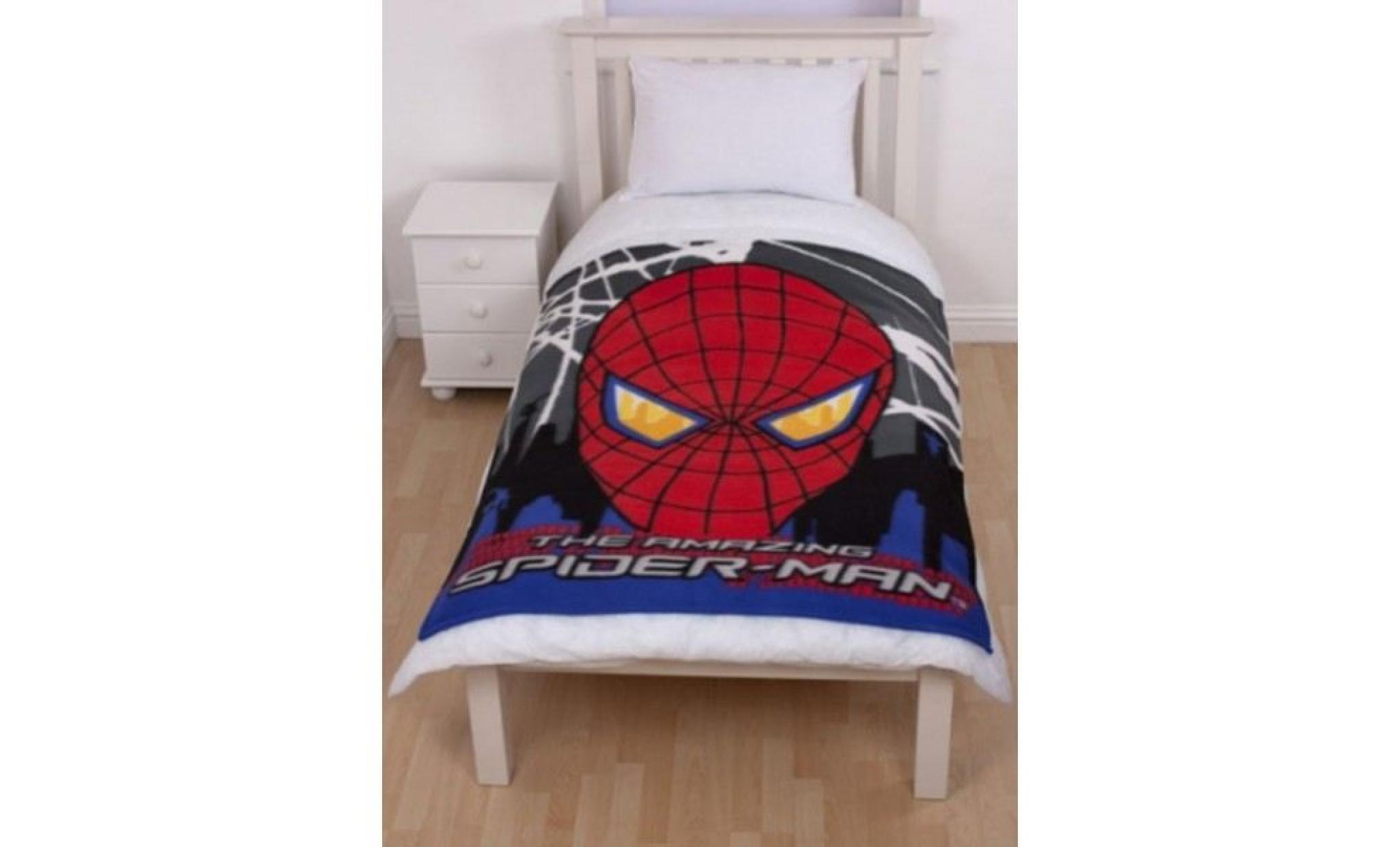 plaid polaire spiderman achat vente plaid pas cher couleur et. Black Bedroom Furniture Sets. Home Design Ideas