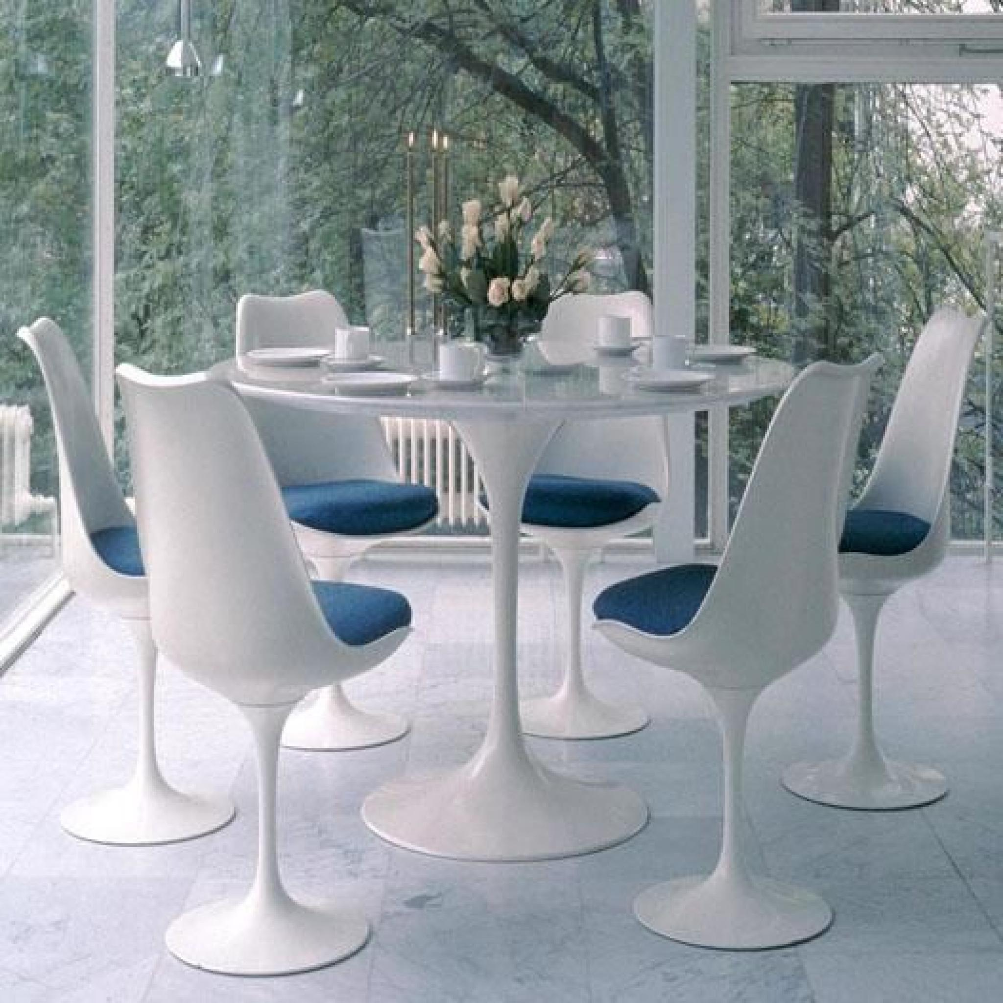 table tulipe blanche elegant coiffeuse blanche table de maquillage avec with table tulipe. Black Bedroom Furniture Sets. Home Design Ideas